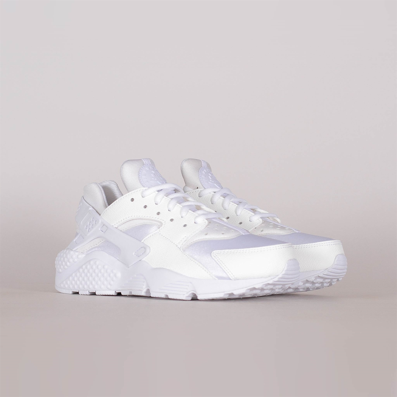 brand new 977b0 46931 nike sportswear womens air huarache run 634835 108