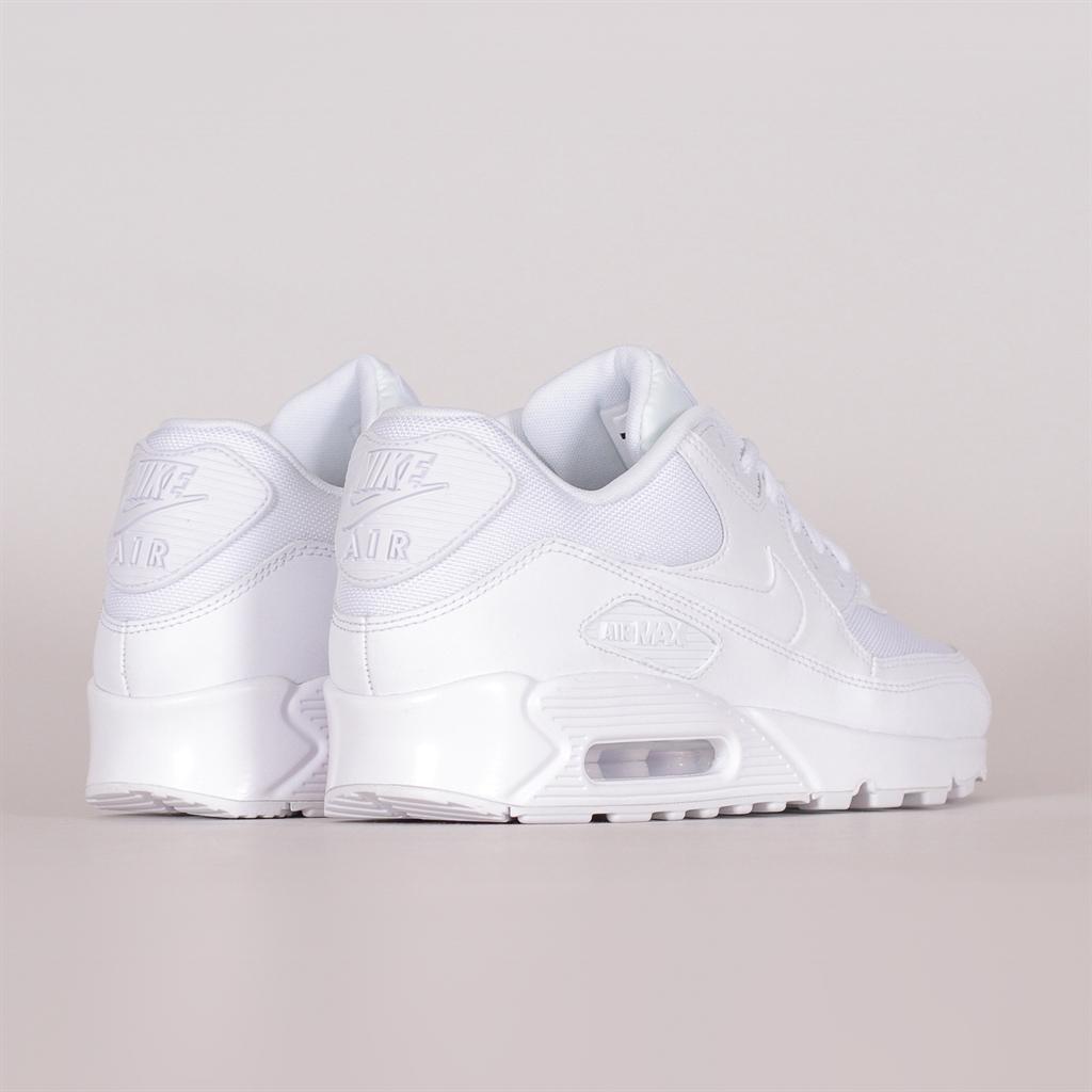 Shelta Nike Air Max 90 Essential (537384 111)