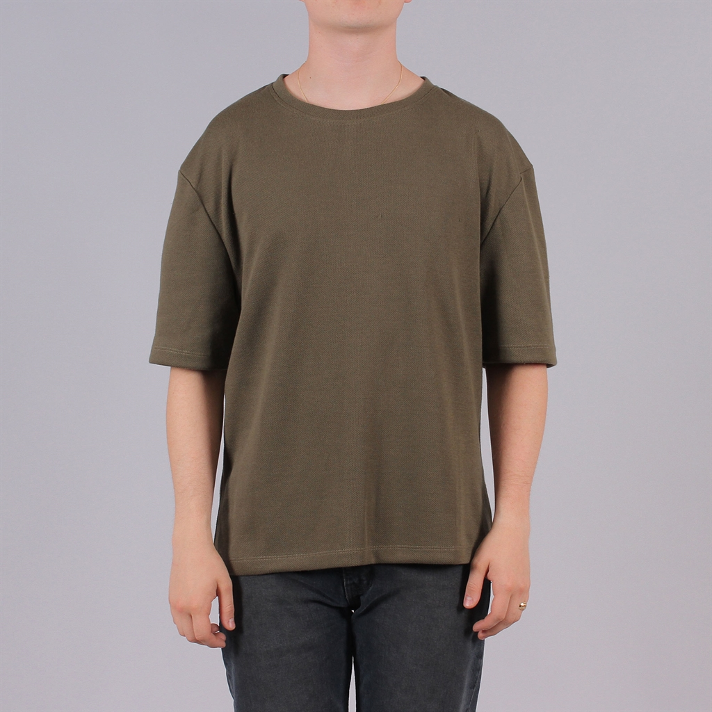 newline-halo-drop-tee-2_1