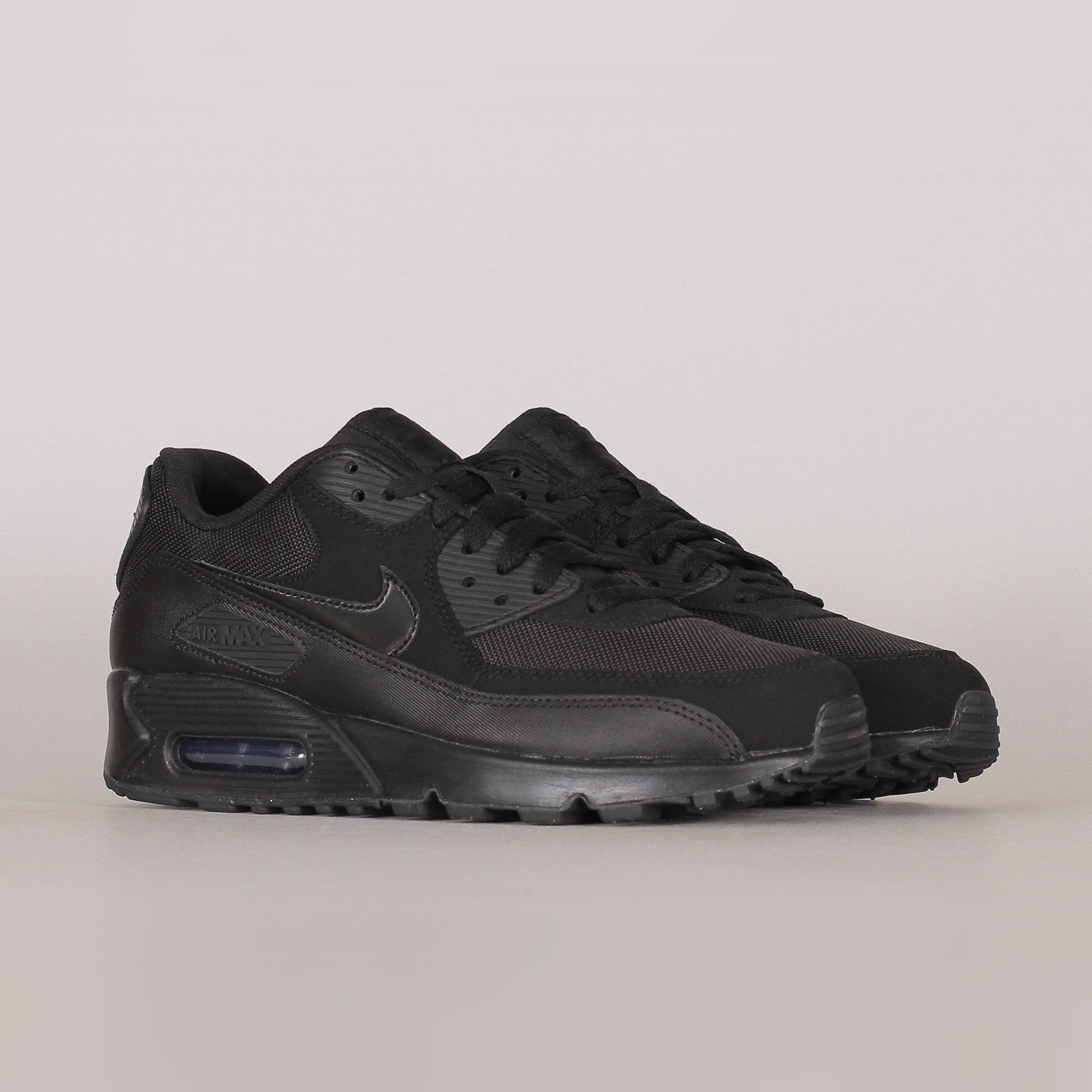 Nike Air Max 90 Essential   Svart   Sneakers   537384 090