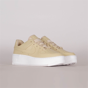 sale retailer 7709b d9642 Nike Womens Air Force 1 Sage Low